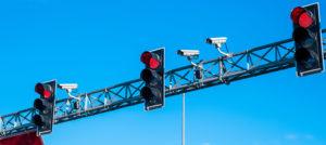 Zeusfy: qué son las multas foto rojo