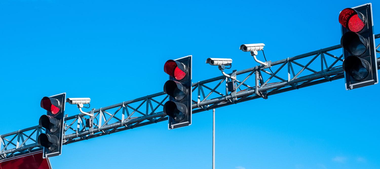 ¿Qué son las multas foto rojo?